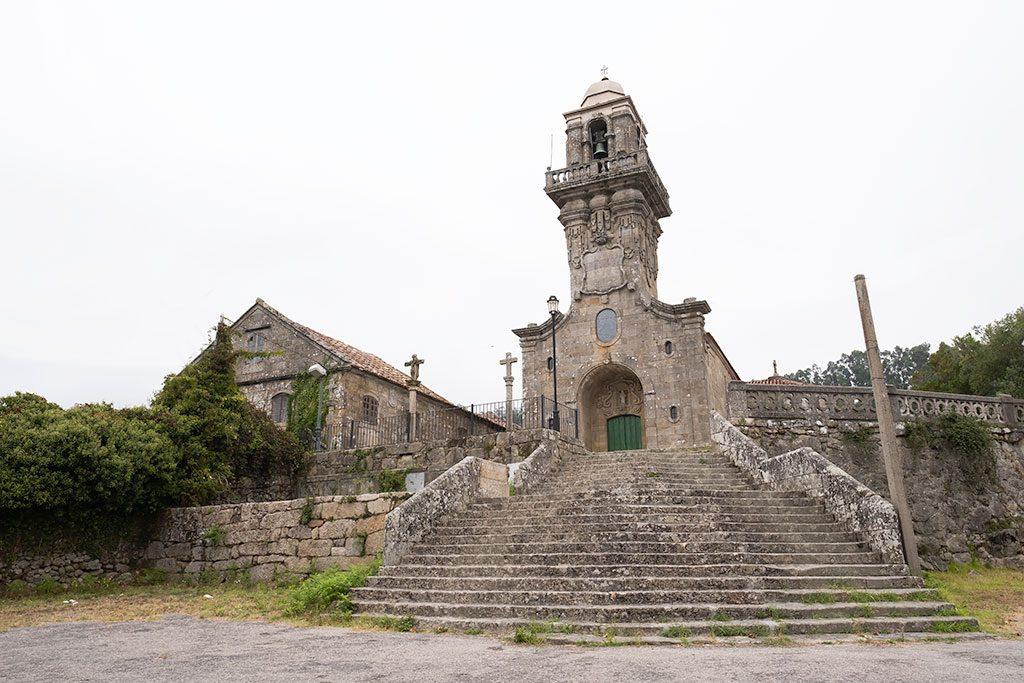 Plano general de la iglesia de estilo barroco de San Salvador de Coiro en Cangas, Península de Morrazo.