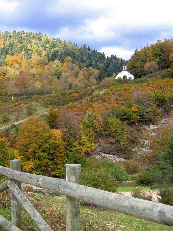 Ermita de la Virgen de las Nieves en Selva de Irriati, Navarra