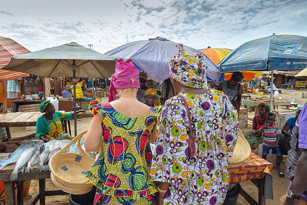 La experiencia Cocina con Ida comienza con una visita al mercado de Tanji