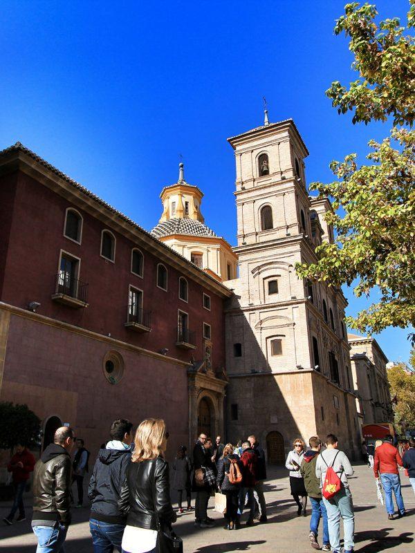 Avenida Alfonso X el Sabio en Murcia, imagen de istock