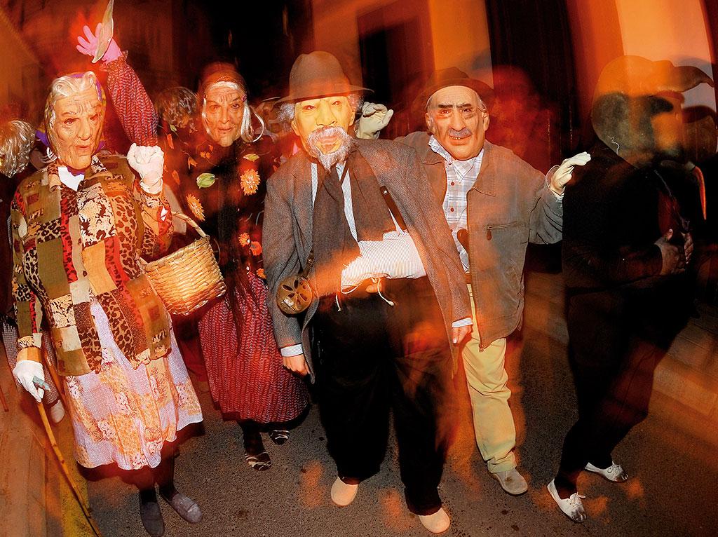 Otros carnavales en Canarias, las burras de Güímar