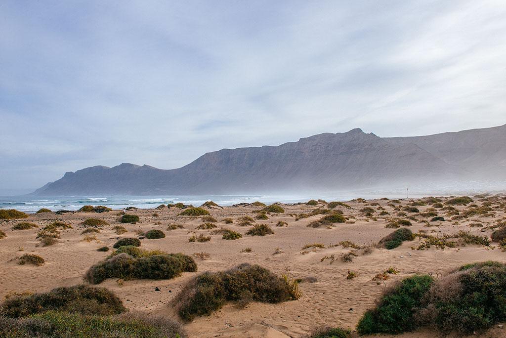 La playa de Famara, la playa de César Manrique