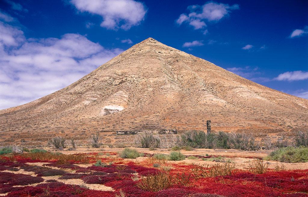 Montaña de Tindaya en Fuerteventura. Foto: Patronato de Turismo de Fuerteventura