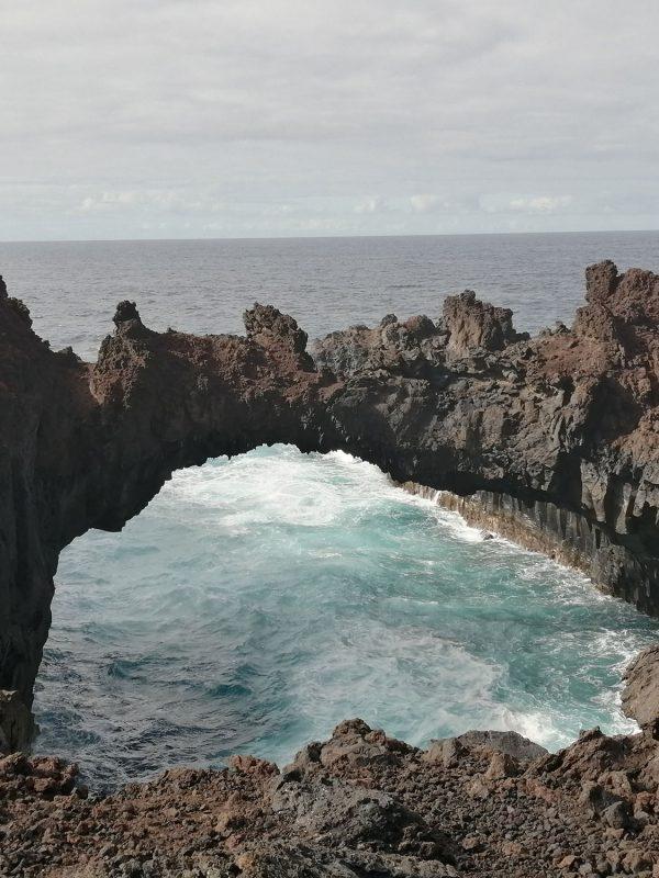 Arco Las Toscas en El Hierro